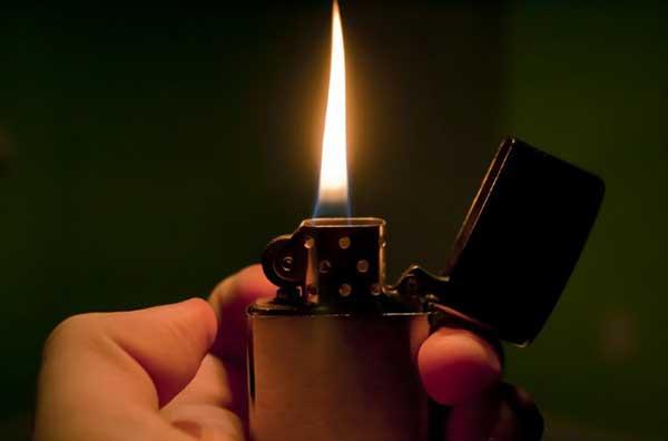 Chiêm bao thấy bật lửa, lửa điềm báo gì, lành hay dữ?